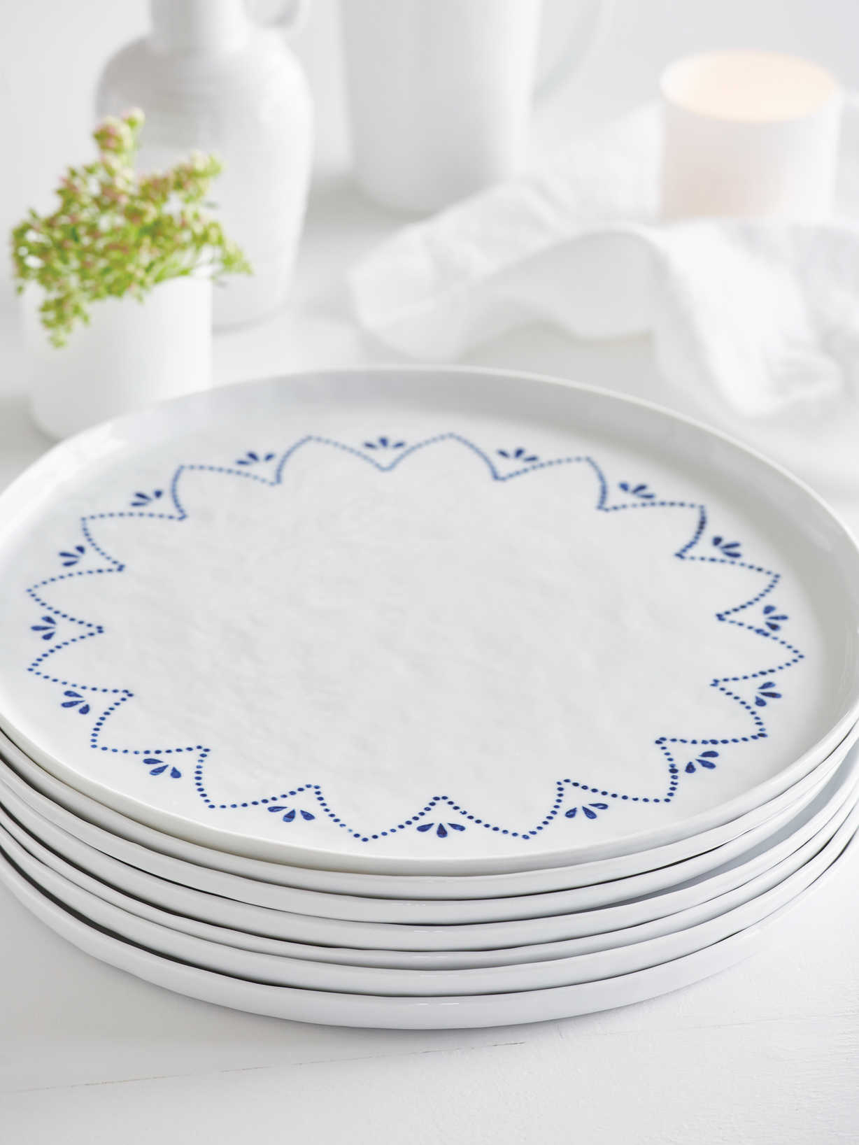 Nordic House Handcrafted Maja Charger Plate