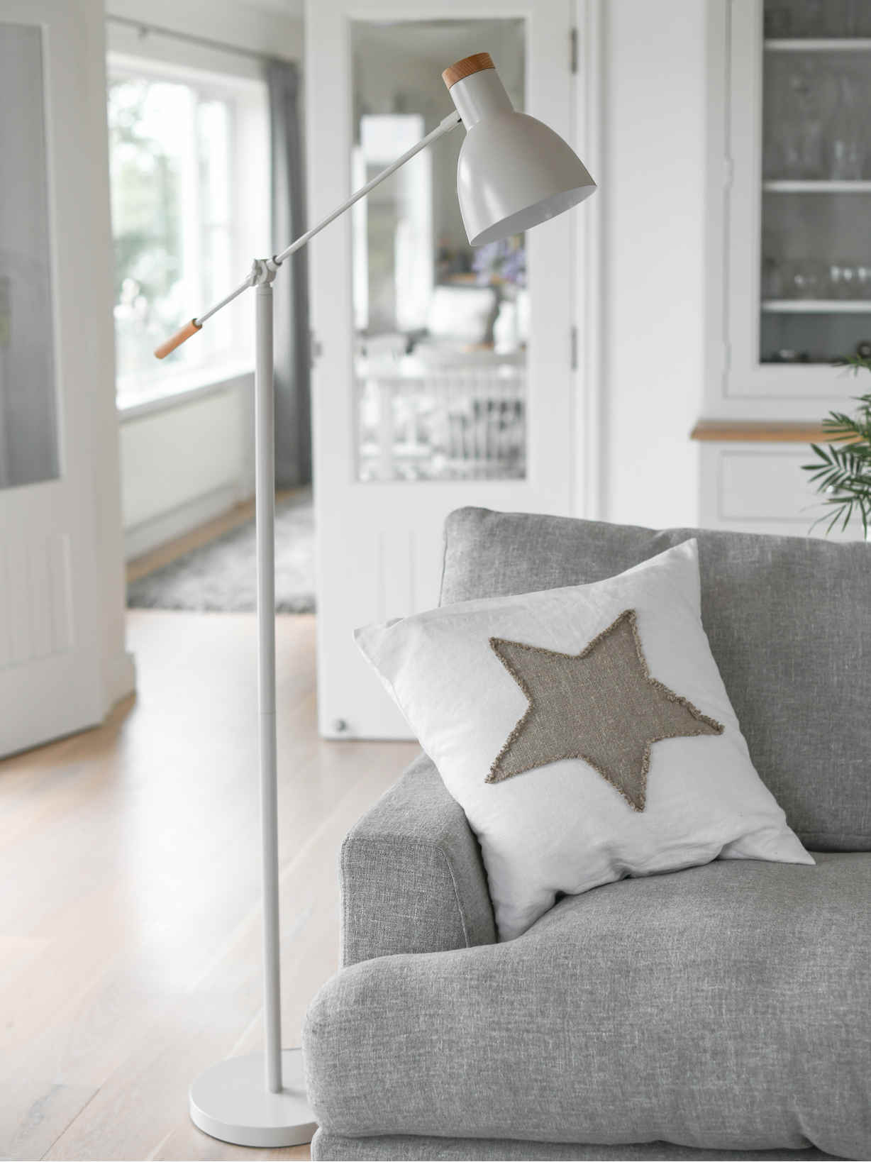 Nordic House Chalk White Floor Lamp