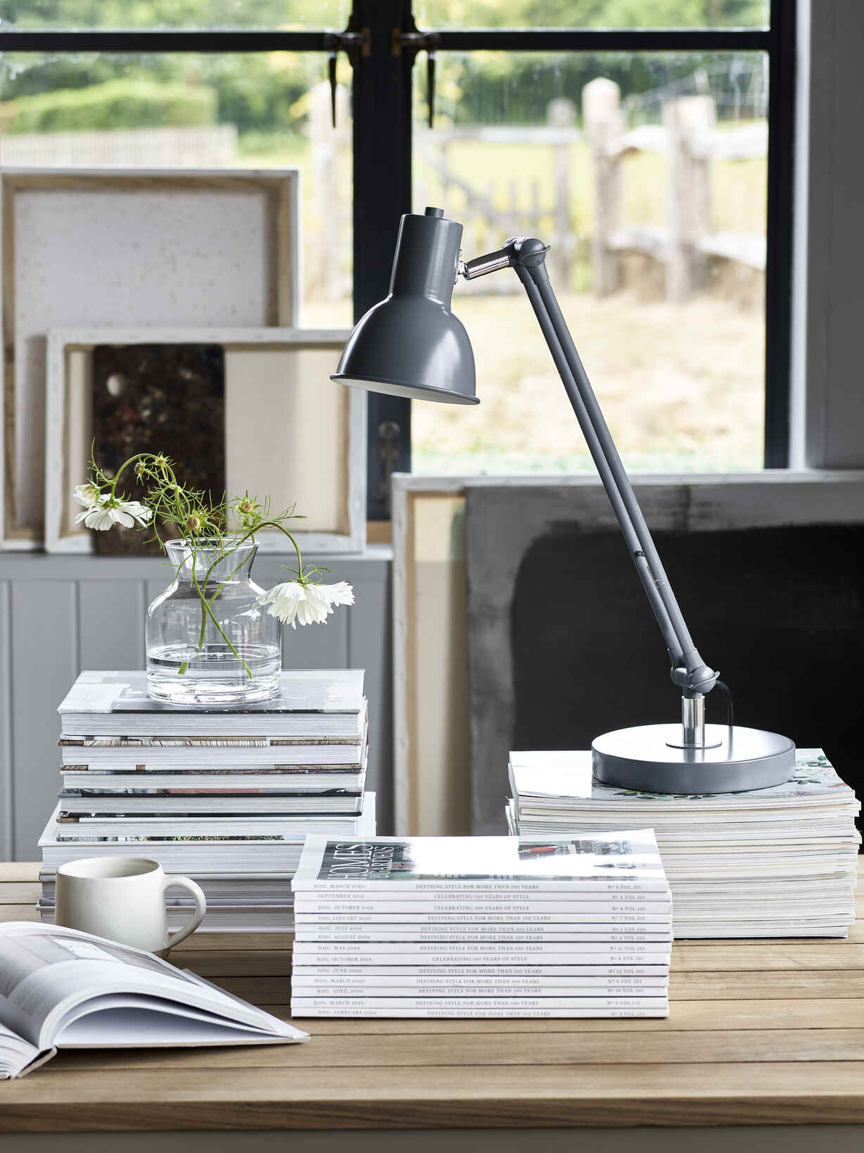 Nordic House Odense Table Lamp