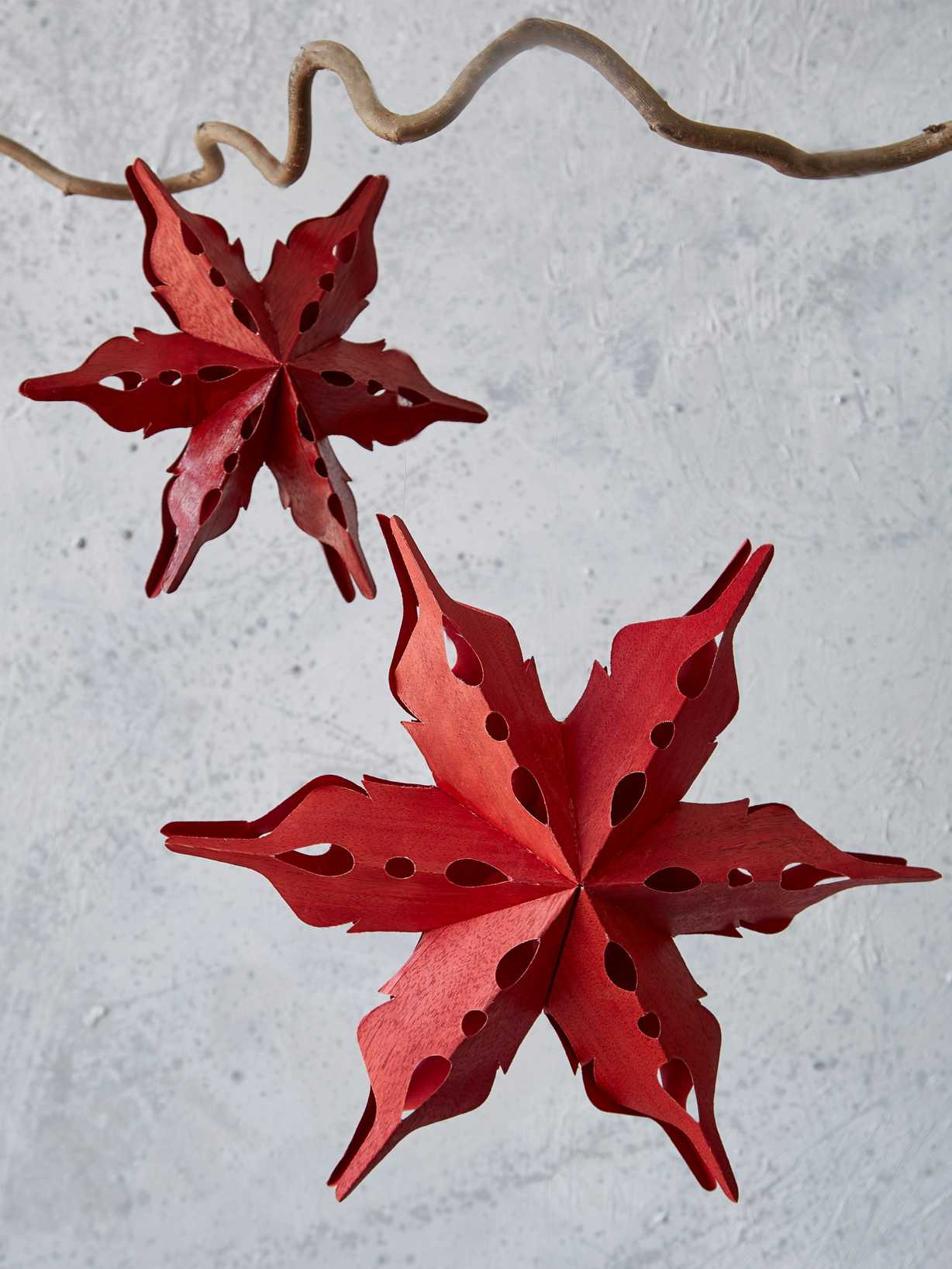 Nordic House Red Hanging Stars