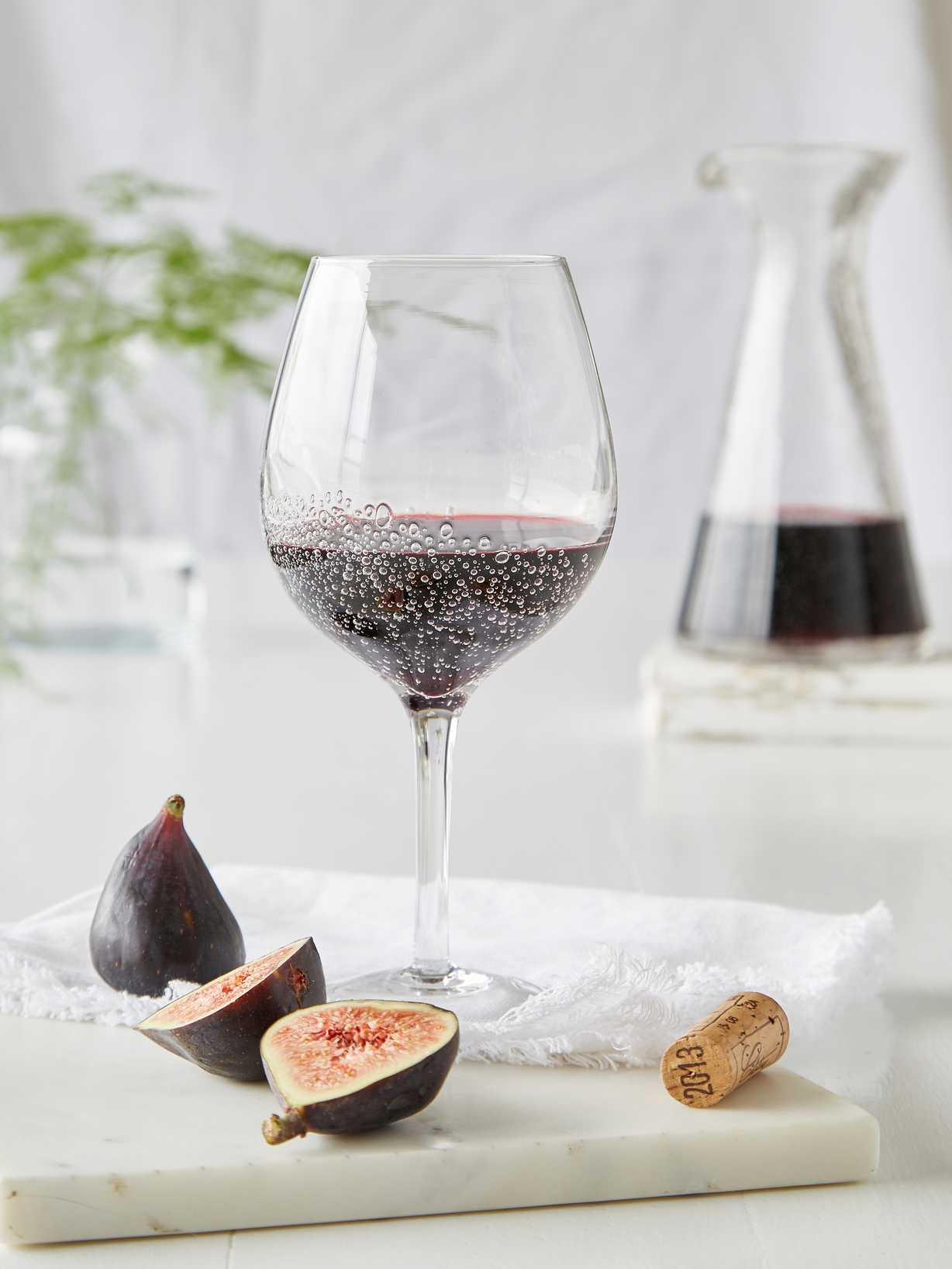 Nordic House Bubble Wine Glasses - Red