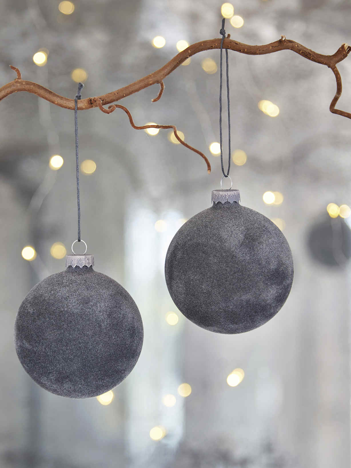 Nordic House Grey Velvet Bauble Set