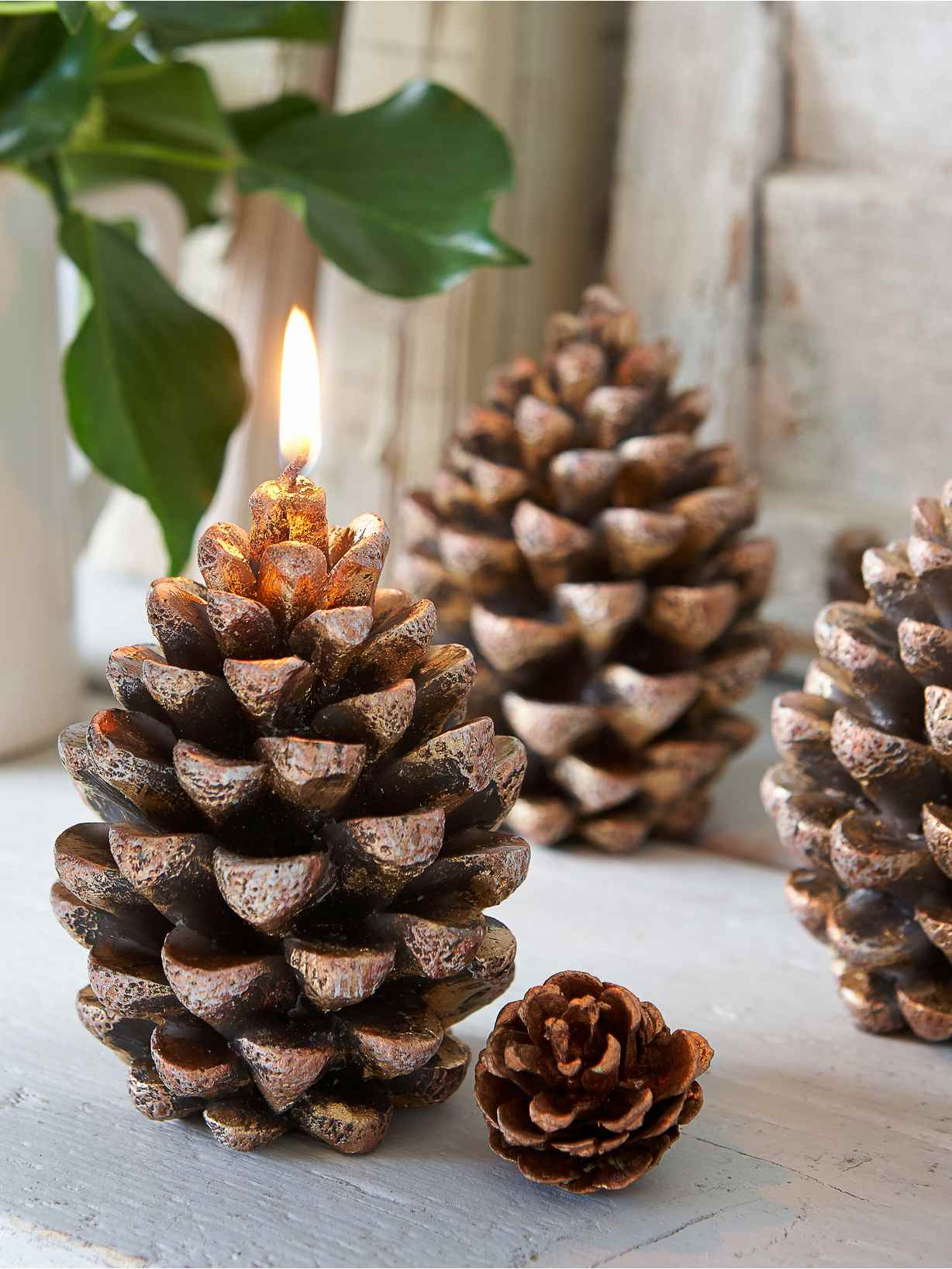 Nordic House Pine Cone Candle