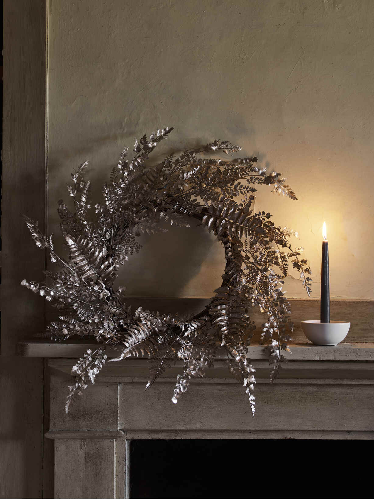 Nordic House Champagne Gold Fern Wreath