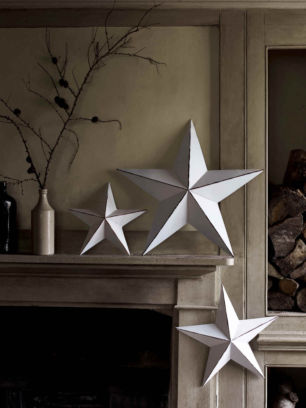 Nordic House Distressed Off White Star Set