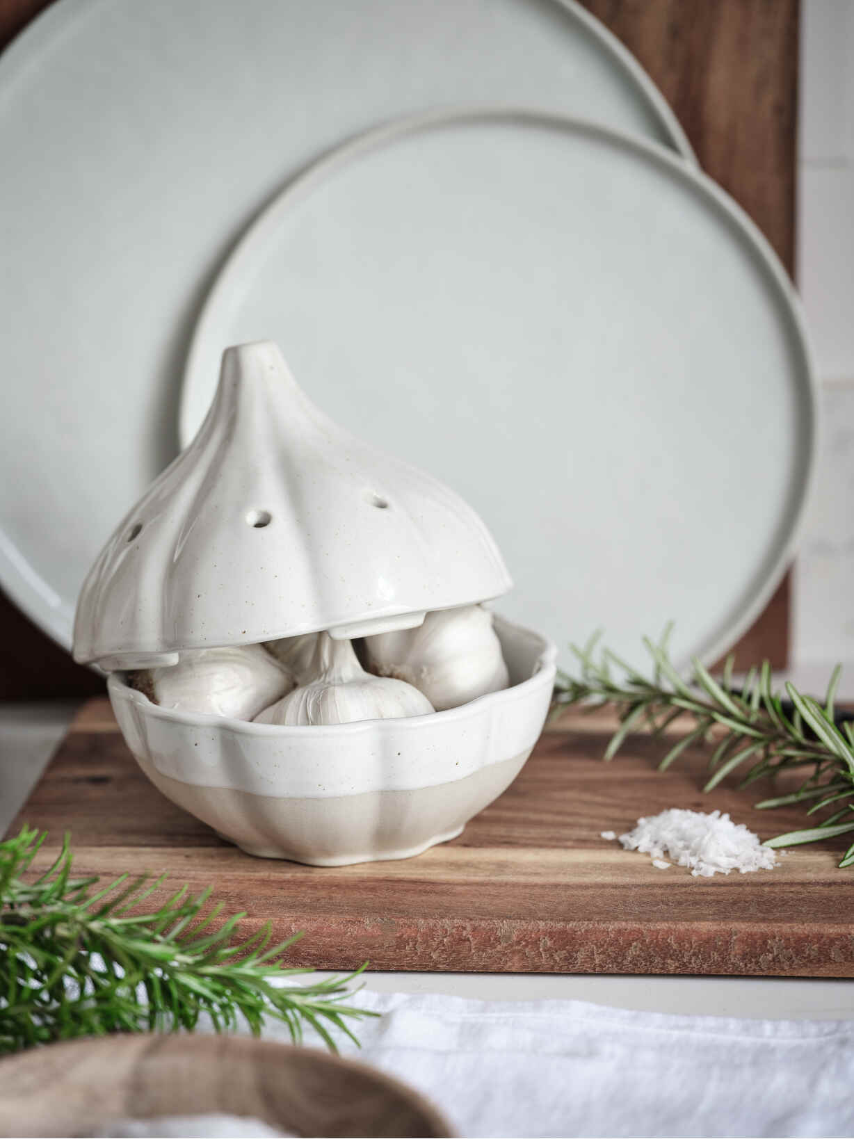 Nordic House Stoneware Garlic Keeper