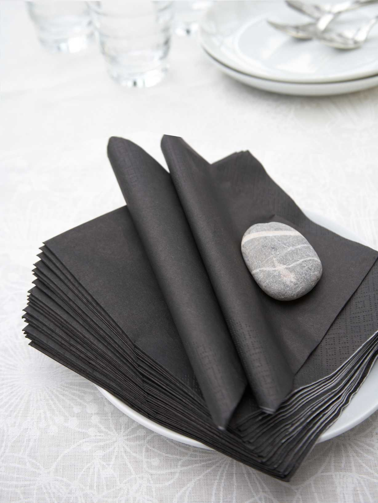 Nordic House Black Paper Napkins