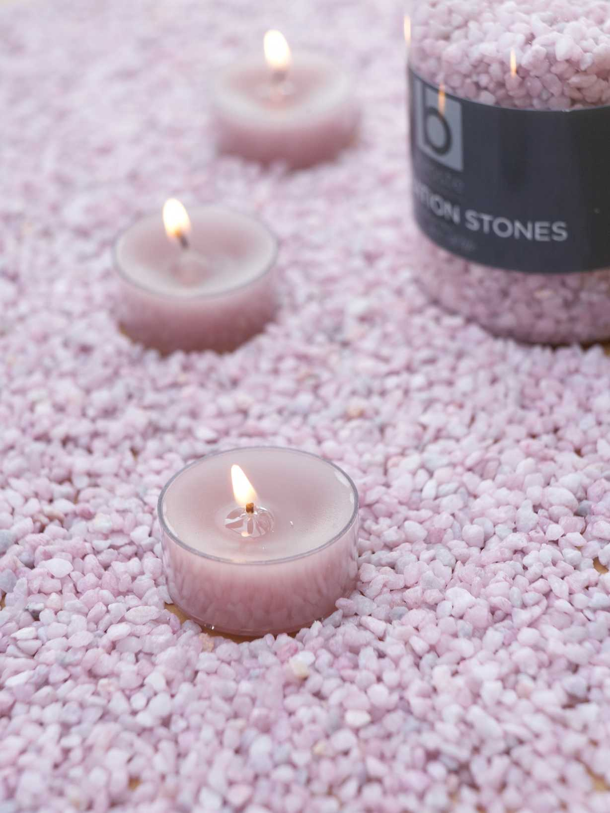 Nordic House Pastel Lilac Candle Gravel