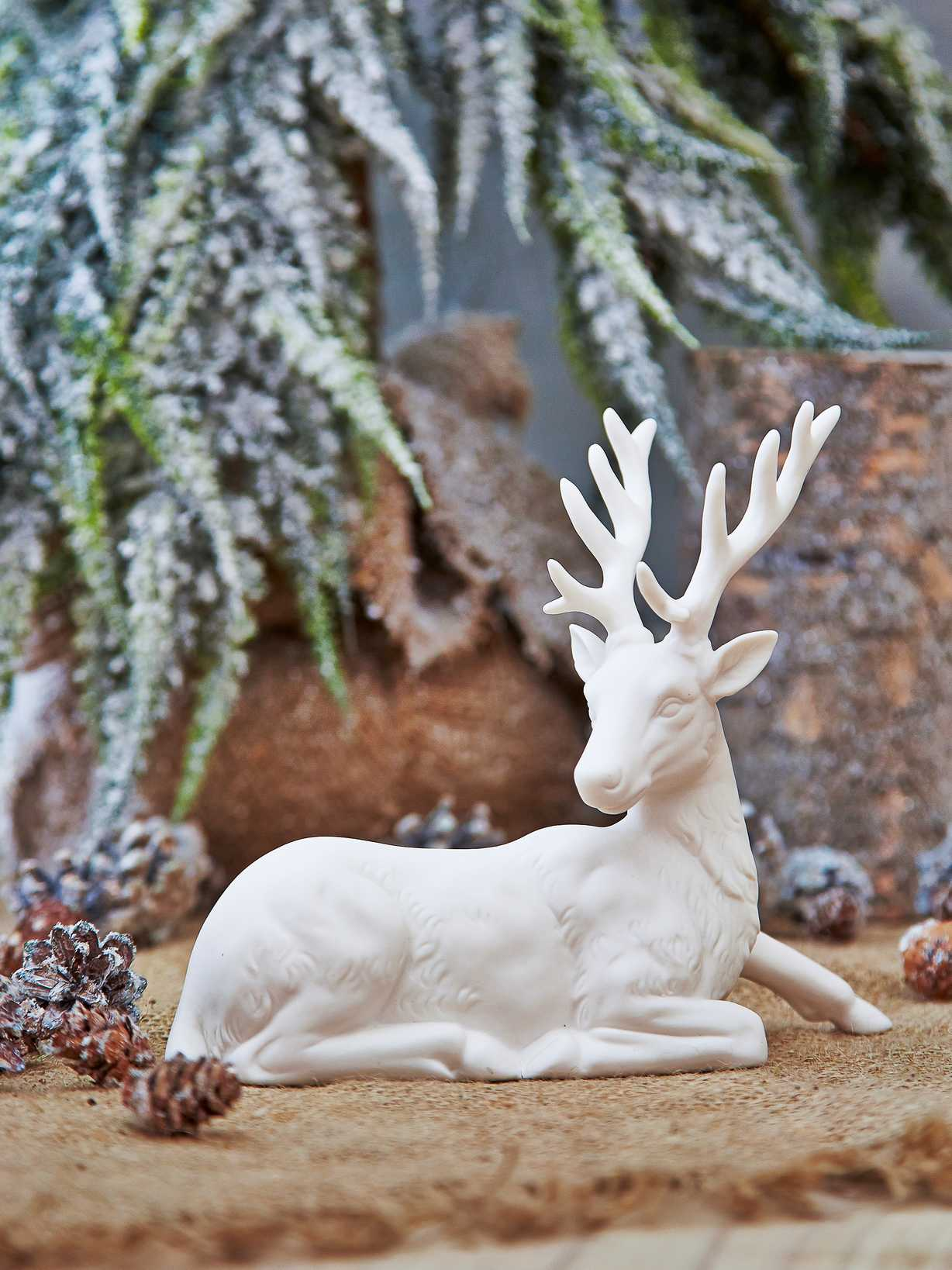 Nordic House Nordic White Deer - Design 1