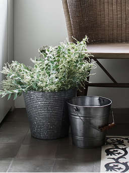 Nordic House Galvanised Zinc Planter