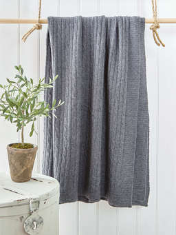 Nordic House Soft Grey Woollen Throw