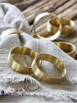 Nordic House Brass Napkin Ring Set