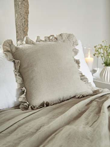 Linen Ruffle Edge Cushion - Natural