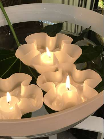 Floating Flower Candle