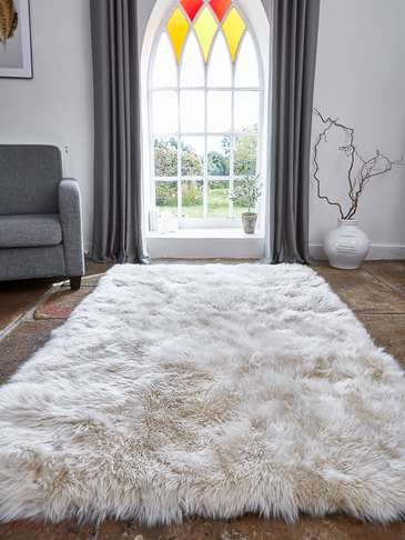 Large Luxurious Sheepskin Rug - Champagne