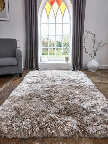 Large Luxurious Sheepskin Rug - Caramel