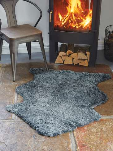 Luxurious Curly Sheepskin Rug - Graphite