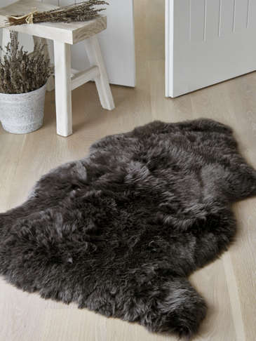 Luxurious Sheepskin Rug - Walnut