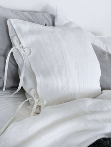 White Linen Tie Cushion