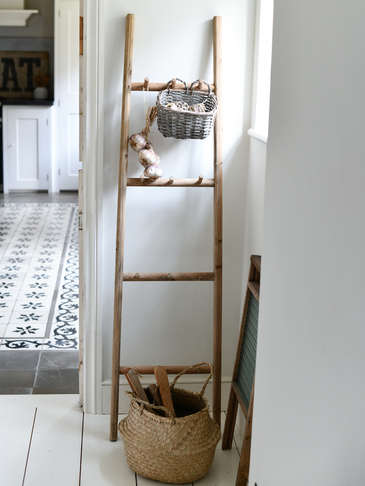 Wood Display Ladder