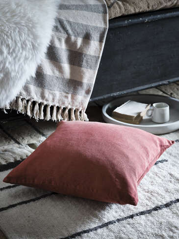 Deep Rust Linen Cushion