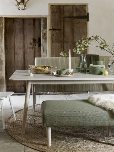 Sundby Dining Table